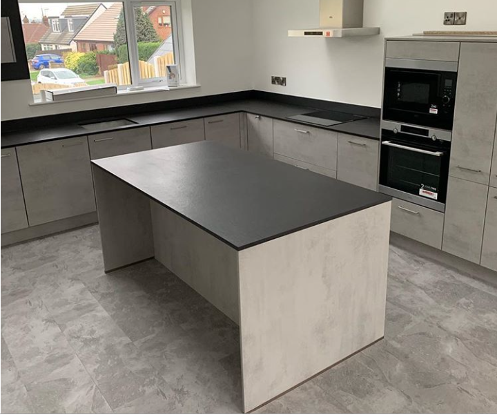 Dekton Sirius island and upstands worktop in Doncaster kitchen
